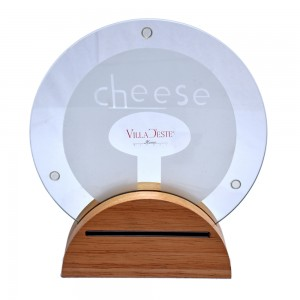 Set of 3 Cheese Knives with Round Cheeseboard